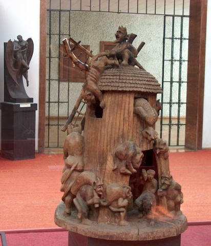 скульптуры чертей