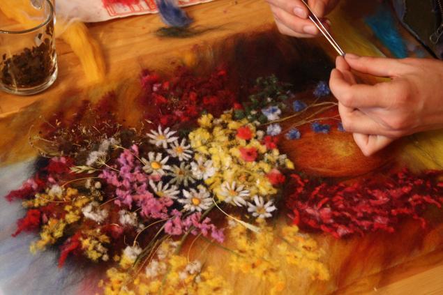 живопись шерстью фото, мастеркласс по рисованию, мастера валяния из шерсти, своими руками, терапевтическое рисование