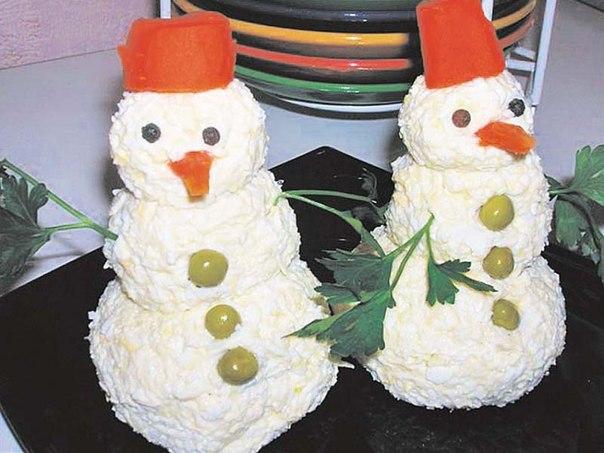 Украшение салатов на новый год с фото своими руками