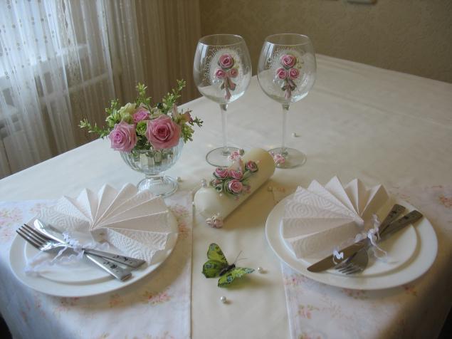 подарок, свадебные бокалы, предложение