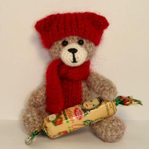 медвежонок, розыгрыш конфетки