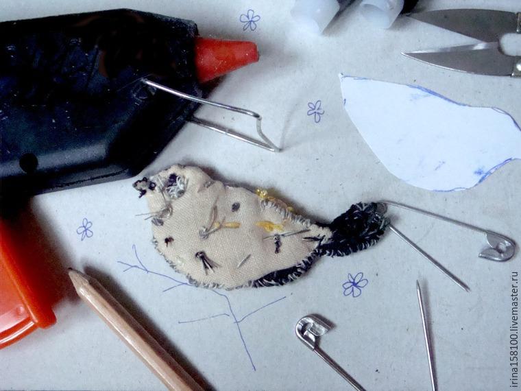 Вышиваем с бисером брошь «Воробушек», фото № 10