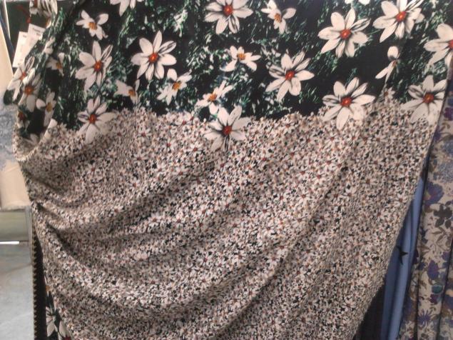 ткани на платье