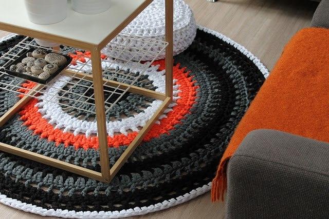 коврик из трикотажной пряжи для дома