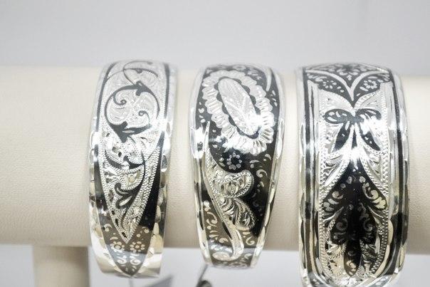 серебряные браслеты, флористический орнамент