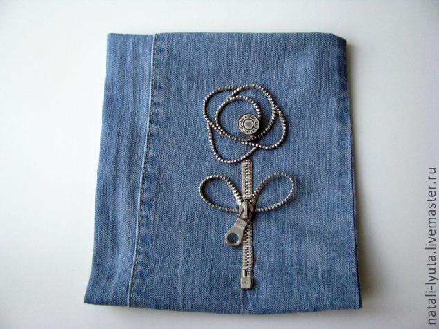 Декор джинс своими руками пуговицами