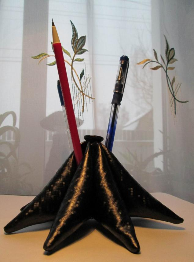 карандашница, кожзам, кожа, игольница, первая публикация, анонс