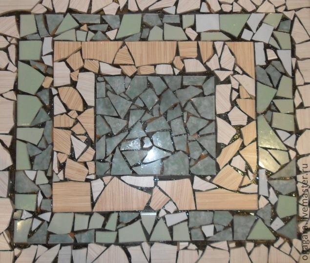Стол мозаика из битой плитки