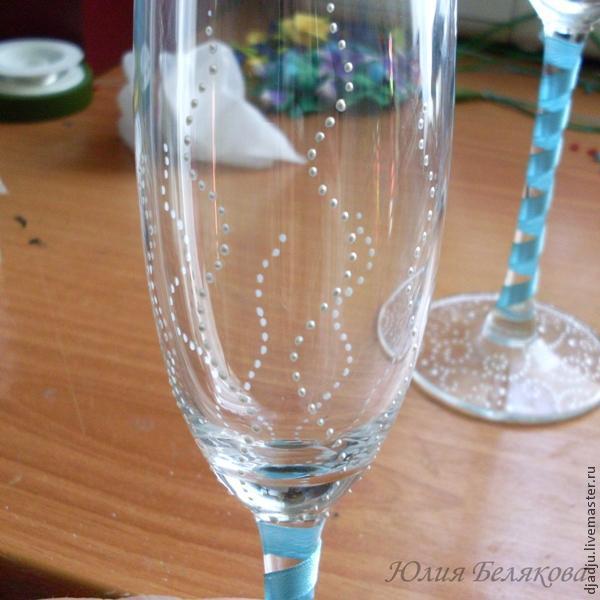 Свадебные бокалы, цветы из пластики, фото № 17