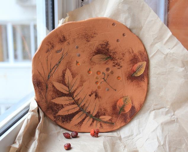 тарелка, осенние краски