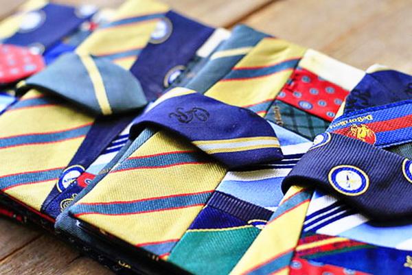 Обложка для фотоальбома из галстуков