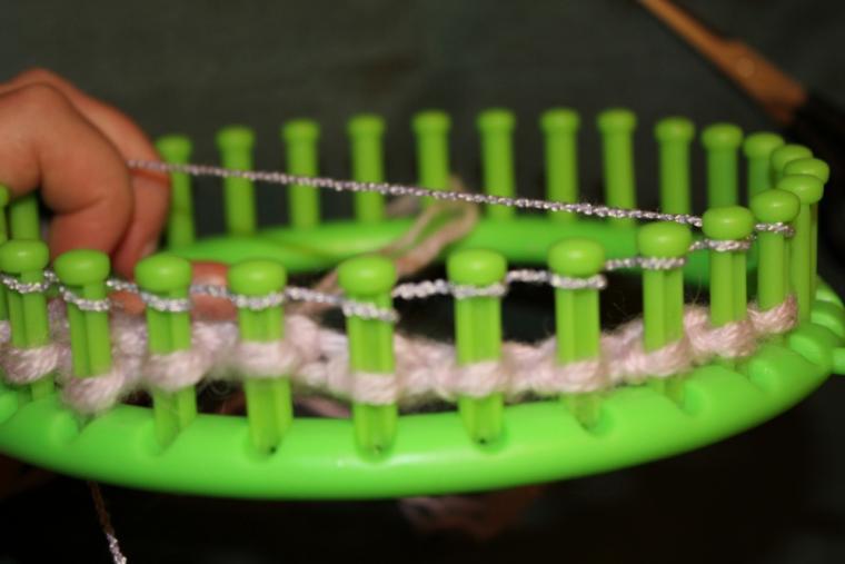 Как крючком связать круглый коврик (для начинающих)