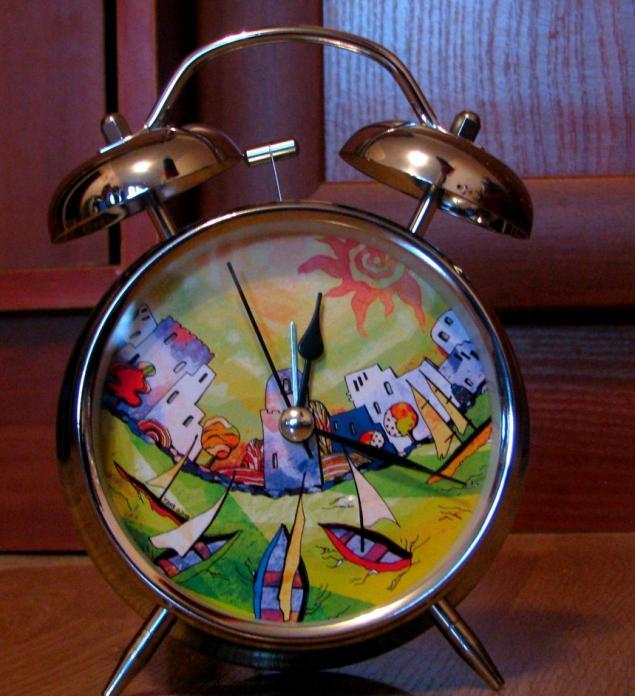 осенний будильник, яркий будильник, подарок на новый год, авторский рисунок, морская тематика