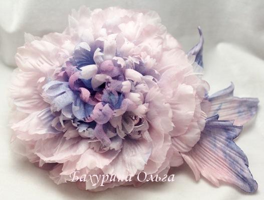 цветы из ткани, украшения с цветами, пионы