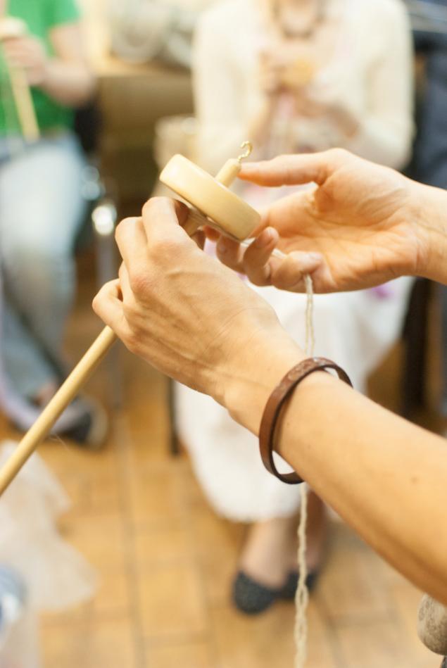 пряжа, прядение, веретено, вязание