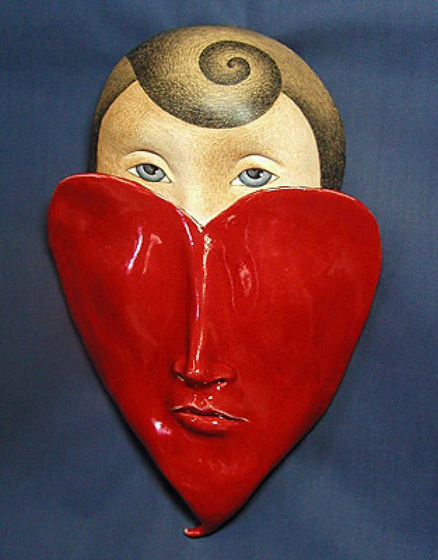 Картинка маска на сердце