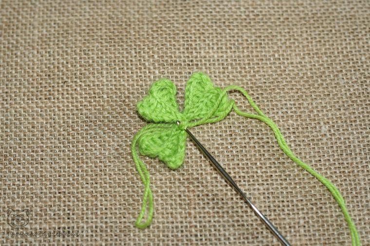 Crochetting a Four Leaf Clover, фото № 9