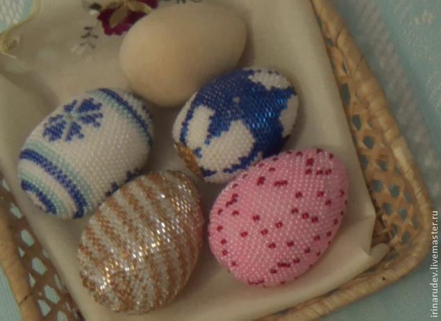 вязание с бисером пасхальное яйцо видео мастер класс мастер