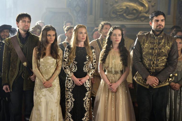 Платья из фильма царство