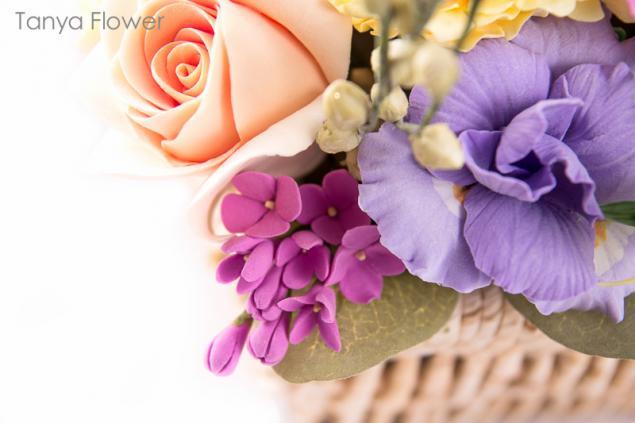 claycraft, букет цветов в корзине, пионы, сирень, цветы ручной работы