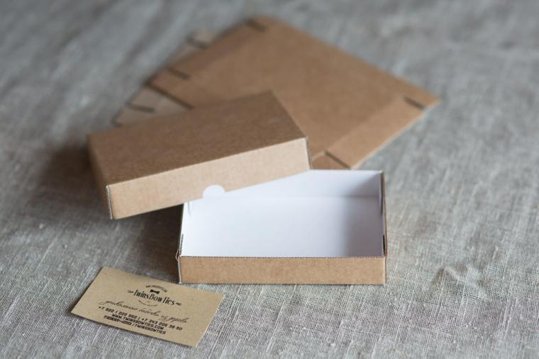 Коробки из бумаги или картона