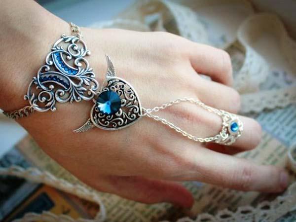 Как вплести кольцо в браслет