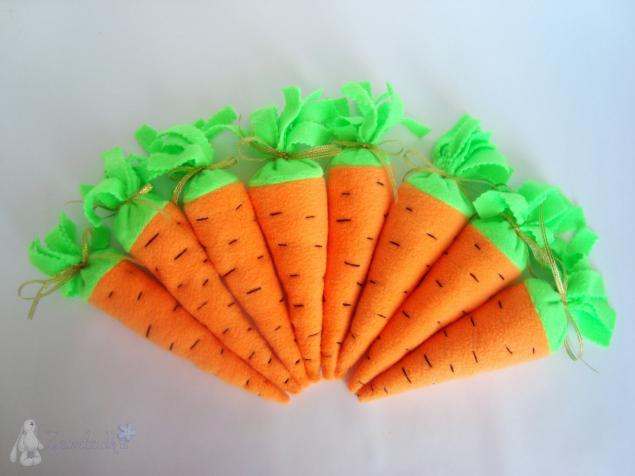 Морковка своими руками и