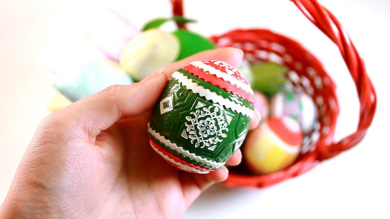 пасхальные яйца, как украсить яйцо, мастер-класс по лепке