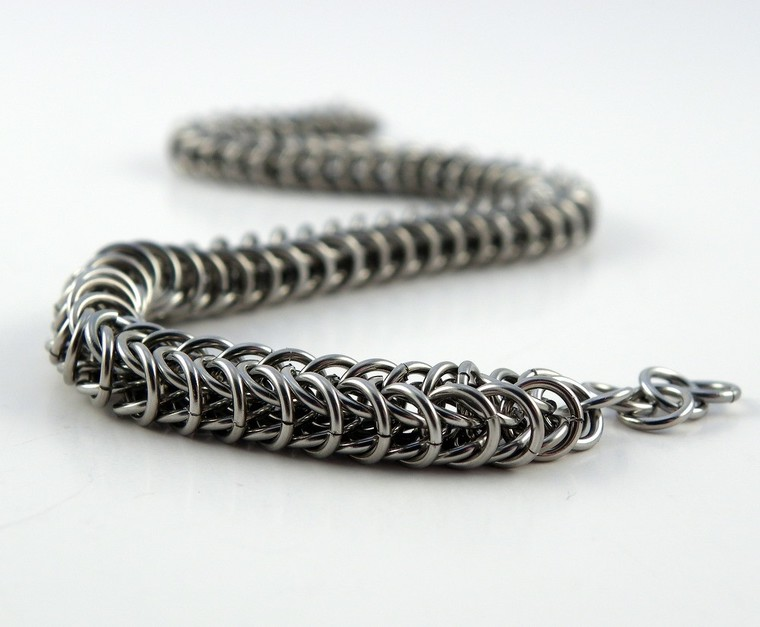 chainmaille, chainmail, hancrafted chains