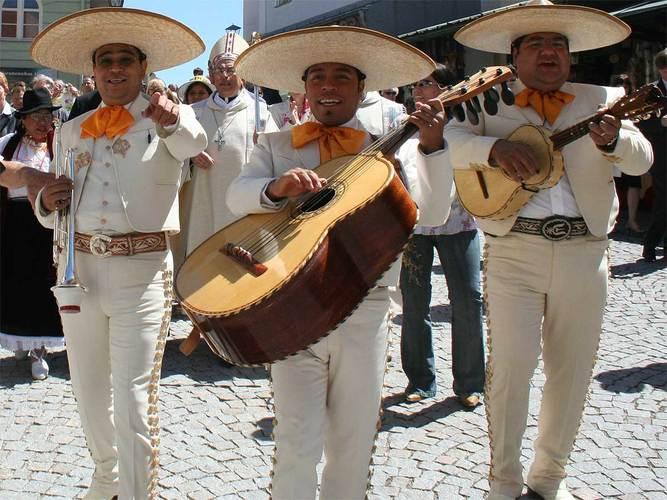 Http://wwwgoplatinumtravelcom/wp/wp-content/uploads/2011/08/fiesta-mexicanajpg