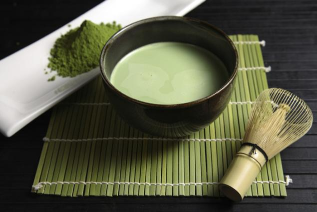 history of green tea in japan Japanese traditions although tea took some time to spread from china to japan, many believe that japan was where tea met perfection in the art of cha-no-yu, or the japanese tea ceremony after arriving in japan many schools of the tea ceremony began, with influences ranging from monks to samurai warriors.