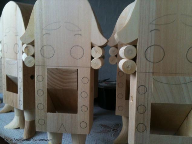 деревянная игркшка, подарок ребенку