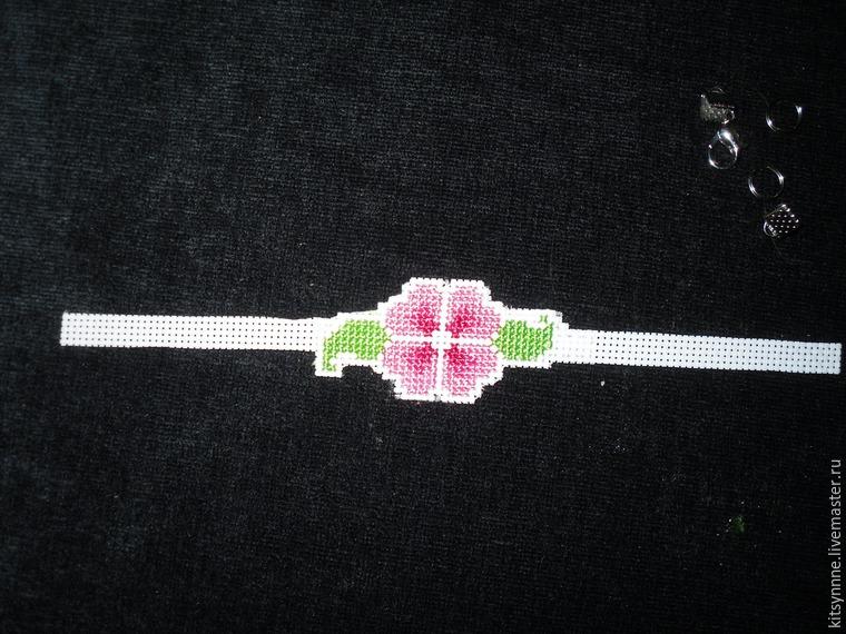 Как сделать браслет с вышивкой «Весеннее настроение», фото № 9