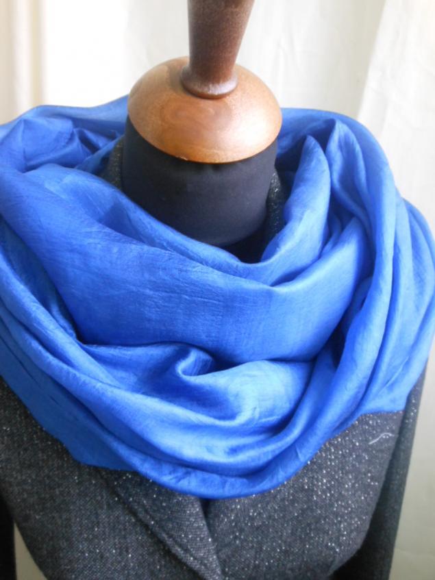 шелковый шарф, коллекции, конкурс коллекций, конфетка, акция магазина, сумка, сумка женская, кожа натуральная, натуральный шелк