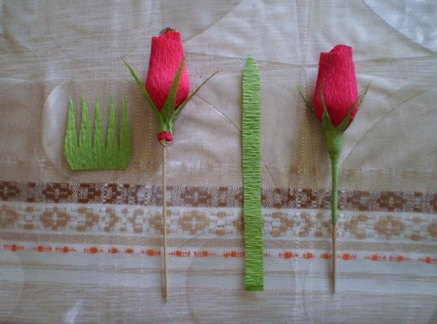 Бутоны роз из конфет мастер класс с пошаговым