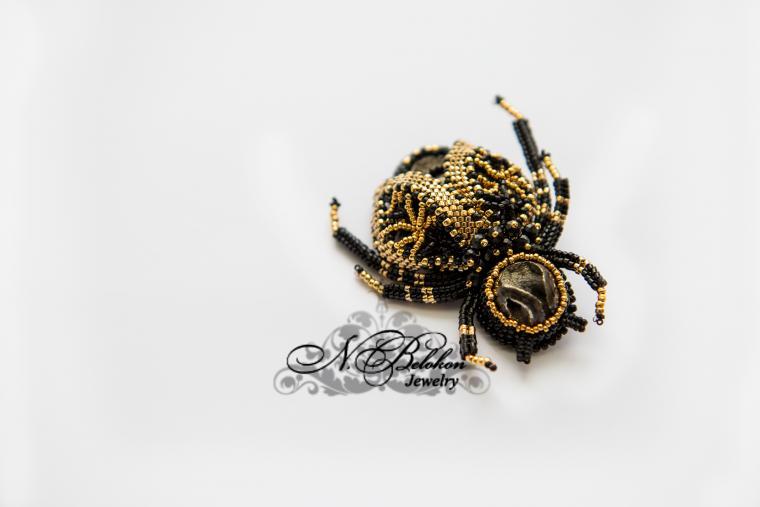 пчела, день влюбленных