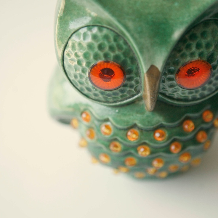 vintage owl light table or accent lamp by whichgoose, via Etsy.