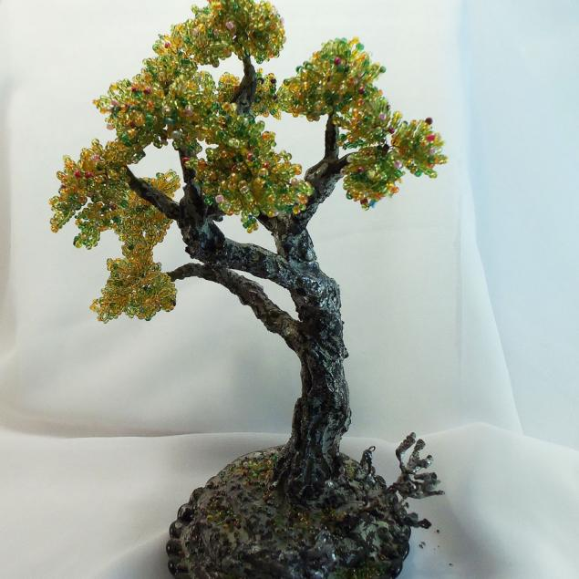 дерево из бисера, покраска ствола