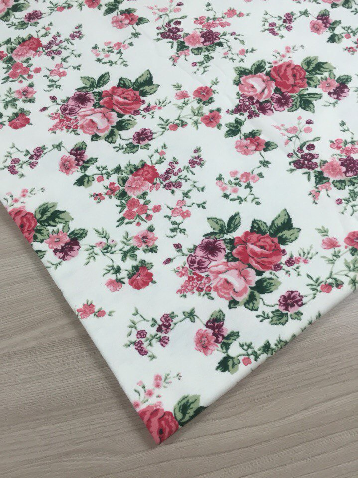 ткань с розами