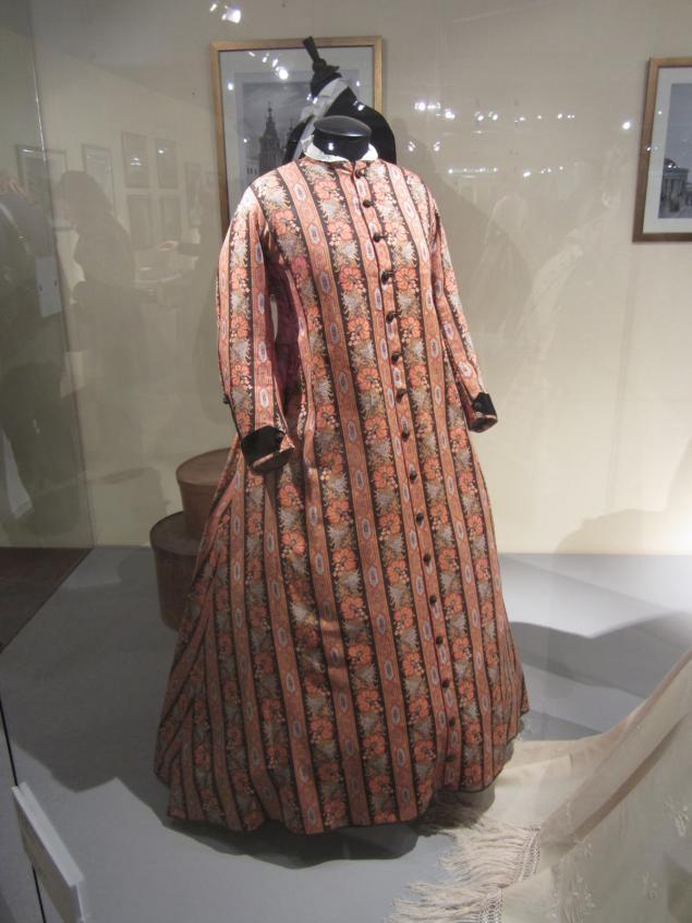 мода, выставка моды, старинные платья, александр васильев, мода в зеркале истории, история моды, старинная мода, платья 19 века, платья начала 20 века, наряды ампир, платья ампир, модная выставка, историк моды, мода 19 века, модные платья, старинные модные платья, эпоха ампир