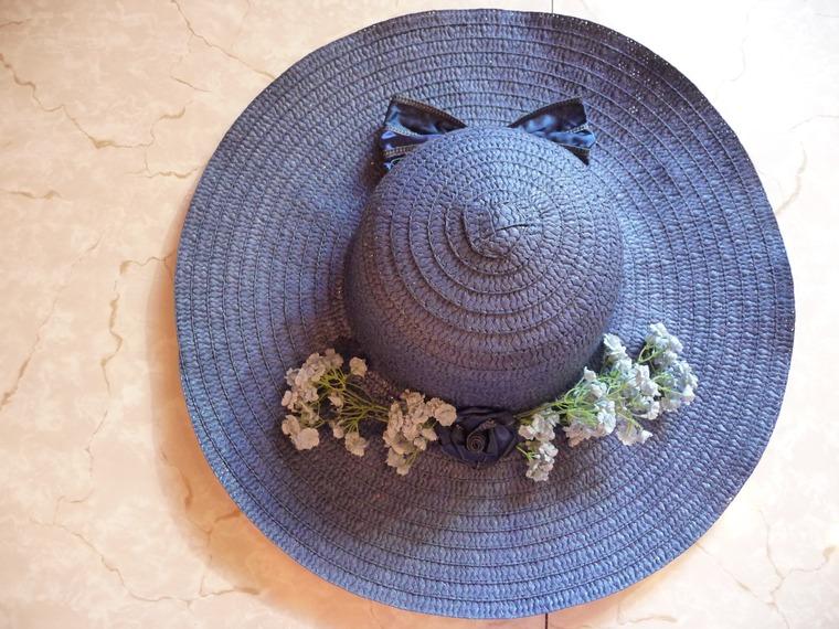 Как украсить соломенную шляпу фото
