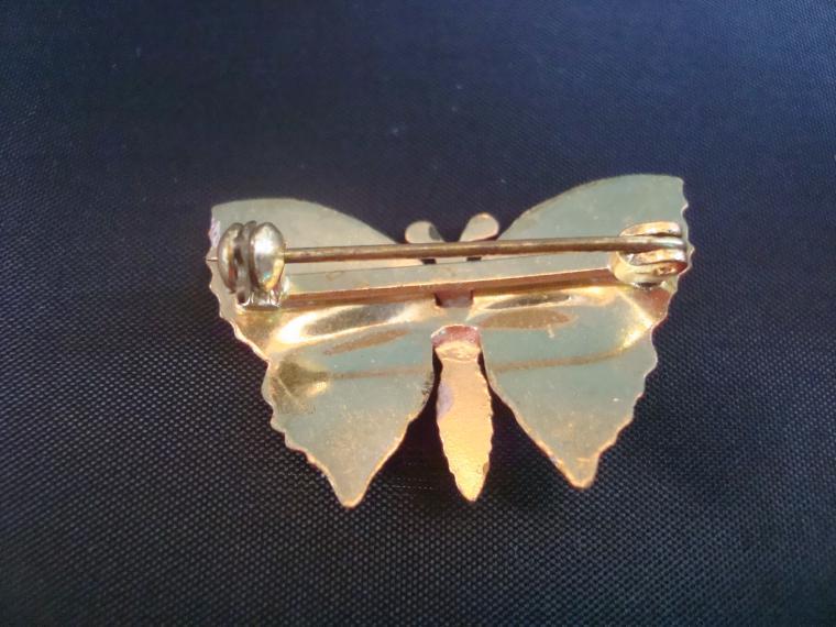 брошь бабочка, мотылек, розовый мотылек, неделя бабочек, брошь на воротник