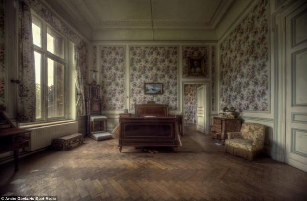 Заброшенная роскошь в бельгийском особняке, фото № 3