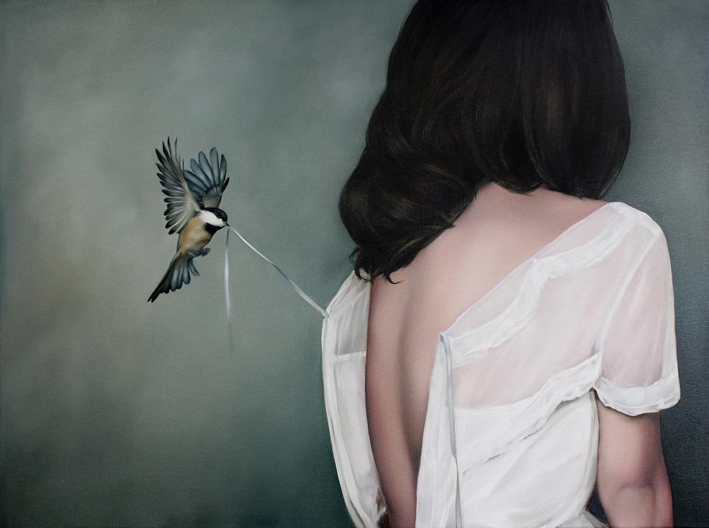 фото человек с птицей картины интерьер