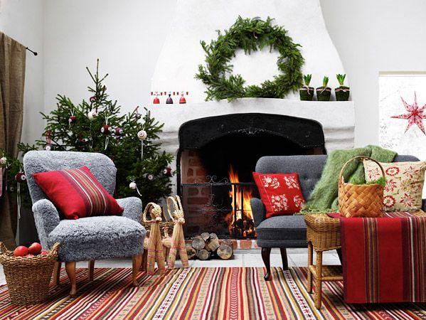 Beautiful Scandinavian Christmas inspiration via <a href=