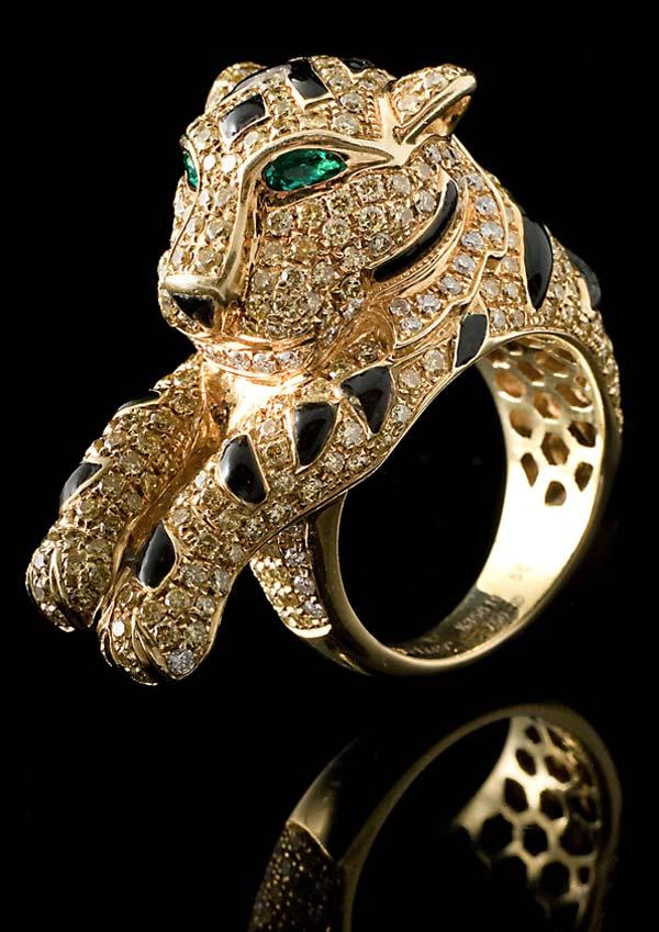 кошка кольцо