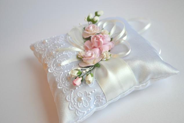 Подушечка свадебная своими руками 15