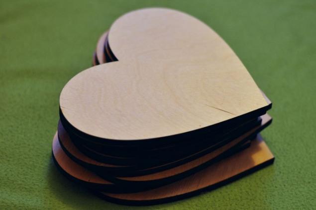 деревянные буквы, деревянные сердечки, подарок