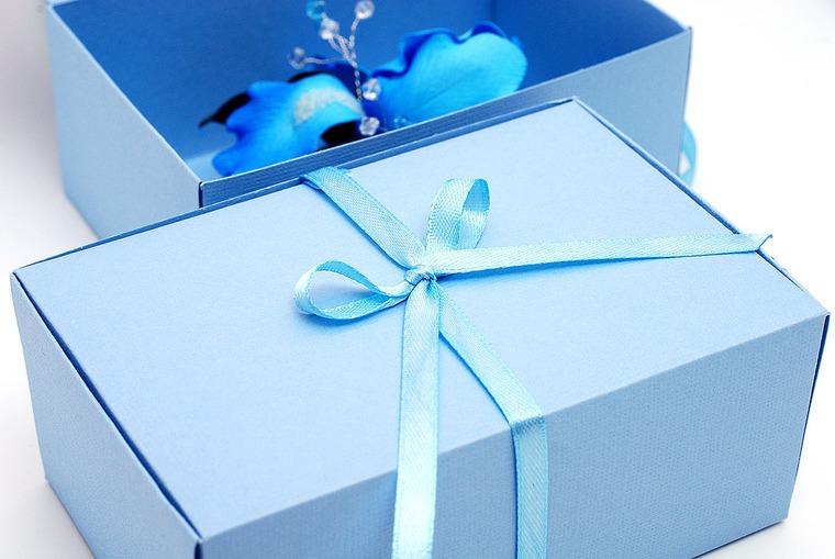 упаковка подарка, бантики