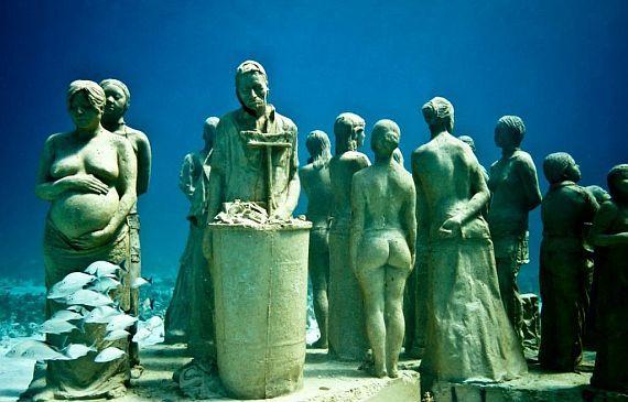 Музей подводных скульптур. Мексика